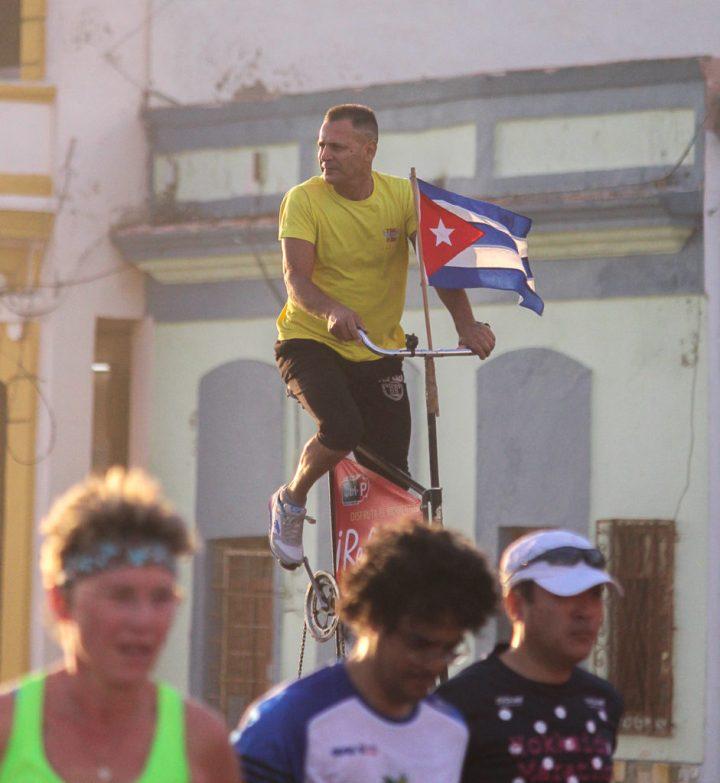 Scully-Cuba-Nov-2016-4961-941x1024.jpg